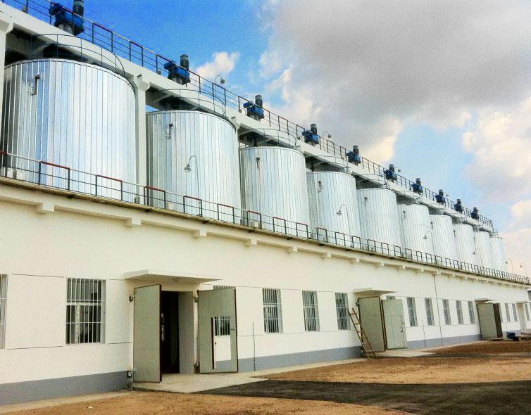 自限温电热带用于大庆油田油罐防冻保温