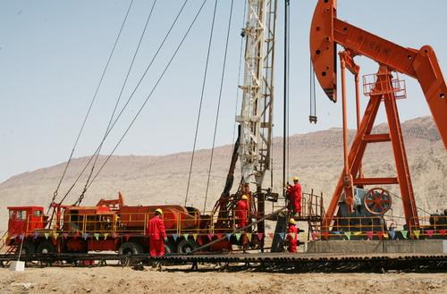 中温加强型电伴热带用于吐哈油田采油井口保温