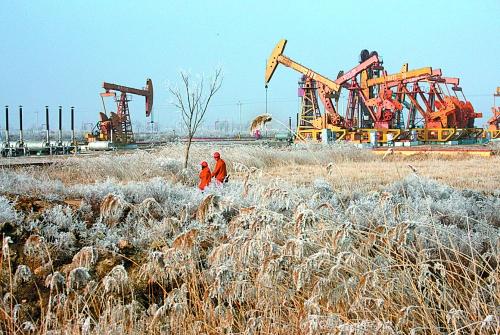 中温自限温电热带用于辽河油田采油井口保温